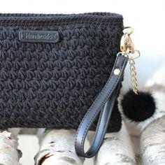 Star Stitch taske - Lille fra Go Handmade Free Crochet Bag, Crochet Pouch, Diy Crochet, Crochet Handbags, Crochet Purses, Crochet Clutch Pattern, Homemade Bags, Star Stitch, Knitted Bags