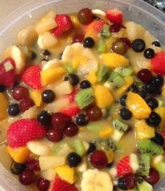 Obstsalat Mit Pudding – Healthy Supper Ideas – Fruit Salad with Pudding – Healthy Supper Ideas – salad Creamy Fruit Salads, Best Fruit Salad, Dressing For Fruit Salad, Summer Salads With Fruit, New Fruit, Fruit Salad Recipes, Jello Salads, Fruit Fruit, Dessert Salads
