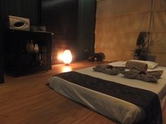Thai Massage Room: Relax and Enjoy!