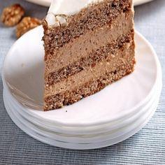 Stvorená na nedeľu: Ľahká orechová torta s kávou Vanilla Cake, Tiramisu, Ethnic Recipes, Desserts, Food, Tailgate Desserts, Deserts, Essen, Postres