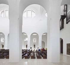 Image 14 of 25 from gallery of Interior Remodeling of St. Moritz Church / John Pawson. Photograph by Hufton+Crow