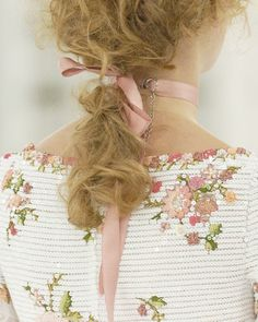 Chanel Haute Couture Spring 2005 Details