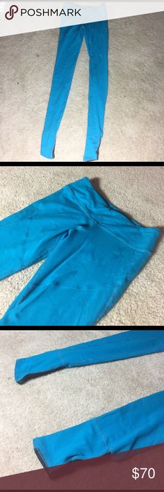 Splits59 Stirrup Leggings Like new-teal colored splits59 leggings with stirrups. Perfect for barre or yoga! No pilling or holes whatsoever!😊Feel free to make an offer!👍 splits 59 Pants Leggings