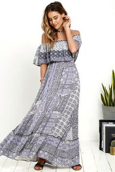 If your gypsy spirit longs for adventure, then it's time to set sail in the Coast Traveler Purple Print Off-the-Shoulder Maxi Dress! Shades of purple and ivory print swirls over an elasticized, off-the-shoulder tier, that falls over a sleeveless bodice. Elastic waist and ruffled skirt.