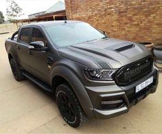 I quite simply prefer this colour for this lifted ford Ford Ranger 2016, Ford Ranger Raptor, Ford Raptor, Toyota Trucks, Custom Trucks, Cool Trucks, Pickup Trucks, Ford Ranger Wheels, Ford Ranger Wildtrak