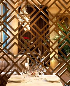 Stunning Privacy Screen Design for Your Home 61 Wood Partition, Partition Screen, Living Room Partition, Room Partition Designs, Partition Ideas, Screen Design, Window Grill Design, Gate Design, Tor Design