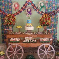 Ideias para Festa Junina. Pic via @tibumplacegoiania #encontrandoideias #fabiolateles#blogencontrandoideias