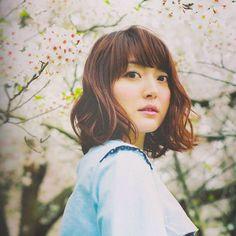 【yuki_girlsphot】さんのInstagramをピンしています。 《#花澤香菜 #桜 #声優》