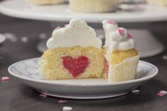 Valentine Day's Cupcake by lookwhatimadedotcom #Cupcake #Valentines #Heart