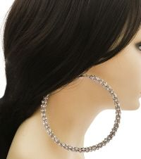 Pinktown is one of the largest Midwest wholesale jewelry and wholesale accessories distributor servicing trendy retailers,stylist, designers with trendy styles. Silver Hoops, Silver Hoop Earrings, Pearl Necklace, Wholesale Jewelry, Trendy Fashion, Stylists, Pearls, Accessories, Style