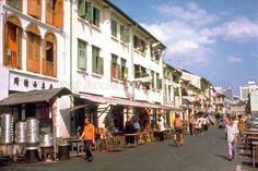 These shophouses were built by local architects for the local Chinese in Chinatown.The designs were influenced by those found in mainland China and Portuguese Malacca. (1977) Photo: Paul Piollet