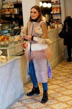 The Olivia Palermo Lookbook : Olivia Palermo out shopping in New York City