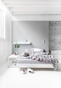 Minimal Bedroom from Rafa-kids - A teen bed, S shelf and B bench.