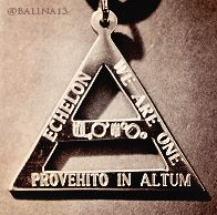 30 Seconds To Mars - Etched Triad   I NEED THIS IN MY LIFE!!!!!