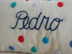 Almohadones bordados a mano!!!, $200 en http://ofeliafeliz.com.ar