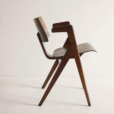 Billedresultat for robin day Hillestak chairs