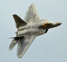 Lockheed F-22 Raptor - USAF F22 Raptor, Best Luxury Cars, Helicopters, Military Aircraft, Mathematics, Planes, Air Force, Fighter Jets, Aviation