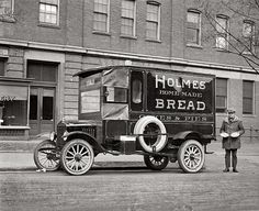 Holmes Home-Made Bread 1923