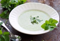 Giersch-Erdäpfel-Suppe Foto: A. Jungwirth Cantaloupe, Vegan, Fruit, Ethnic Recipes, Food, Browning, Apple, Easy Meals, Chef Recipes