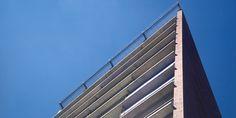 Architectonisch ontwerp drie woontorens aan de Boulevard 1945 te Enschede i.o.v. Bouwcombinatie Blenken Koelink (BDG, realisatie 1999)
