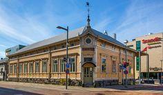 Riekin talo Oulu Graf, Finland, Mansions, House Styles, City, Building, Manor Houses, Villas, Buildings
