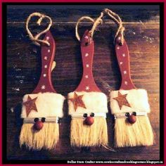 Dollar Store Crafter: Turn Dollar Store Paint Brushes Into Santa Claus