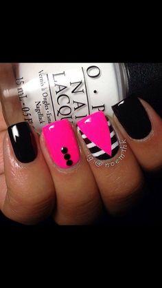 Funky nail art | black, pink, & white nails