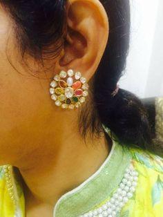 Diamond Bangle, Diamond Studs, Diamond Jewelry, Gold Jewelry, Beaded Jewelry, Gold Earrings Designs, Gold Jewellery Design, Gold Pendent, Pendant
