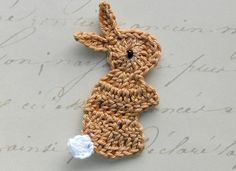 Mesmerizing Crochet an Amigurumi Rabbit Ideas. Lovely Crochet an Amigurumi Rabbit Ideas. Easter Crochet, Crochet Crafts, Yarn Crafts, Crochet Projects, Kid Crafts, Appliques Au Crochet, Crochet Motif, Crochet Patterns, Crochet Amigurumi