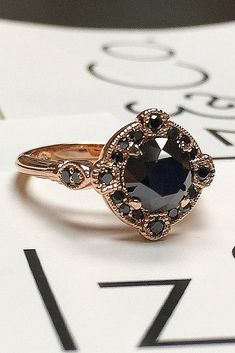 Engagements Rings : Picture TOP rings Fresh Engagement Ring Trends ❤️ ring trends black diamond engagement rings round cut rose gold vintage ❤️ See more: www. Deco Engagement Ring, Round Diamond Engagement Rings, Engagement Rings Round, Vintage Engagement Rings, Solitaire Diamond, Diamond Art, Look Vintage, Ring Verlobung, Black Rings