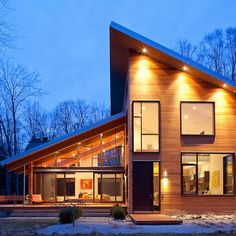 Skillion Roof Design Ideas, Pictures, Remodel, and Decor - page 2 Design Exterior, Roof Design, Modern Exterior, Contemporary Decor, Contemporary Architecture, Architecture Design, Contemporary Apartment, Contemporary Stairs, Contemporary Building