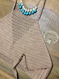 Top frente unica no Elo7 | ATELIER DA FILÓ (4B40C6) Vintage Crochet, Beautiful Crochet, Crochet Halter Tops, Crochet Crop Top, Crochet Blouse, Crochet Bikini, Crochet Coat, Crochet Shoes, Love Crochet
