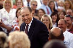 Purpose Driven Motherhood: 99 Inspiring Quotes by President Monson