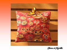 Pochon Halloween - maison - La boutique de Tinou et Myrtille - Fait Maison