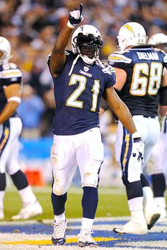 LaDainian Tomlinson retires as a Charger ... Thanks for all the great memories #21 .. Glad you could retire at home where you belong !!!!