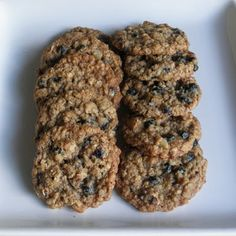 Oatmeal Cookies with Blueberries and Walnuts