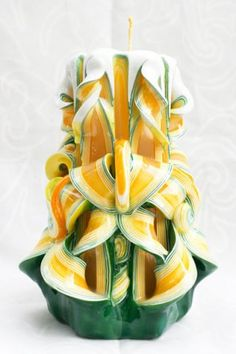 Yellow and green - medium/large