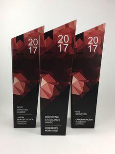 Employee Awards, Good Employee, Employee Gifts, Audi Dealership, Award Poster, Glass Trophies, Hospital Health, Trophy Design, Display Design