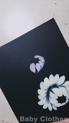 Easy Canvas Art, Small Canvas Art, Acrylic Painting Flowers, Acrylic Art, Black Painting, Art Drawings Sketches Simple, Flower Art, Watercolor Art, Fabric Painting On Clothes