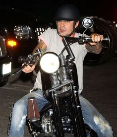 Tommy Lee #MOTORCYCLE #BIKERS #MOTORCYCLEFEDERATION