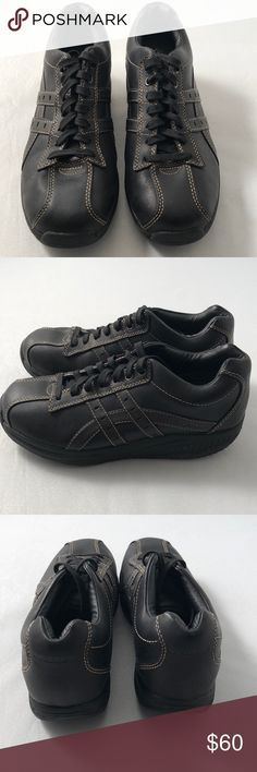 Skechers Mens Shape-Ups shoes Skechers Mens Black leather Shape-Ups shoes. Worn for a few hours indoors. My hairdresser told my husband to get these because he's on his feet all day. My hairdresser says they're great. My husband wore for a few hours and decided they're not for him. His pickiness is your gain! Apparently they're great for hairdressers on their feet! Skechers Shoes