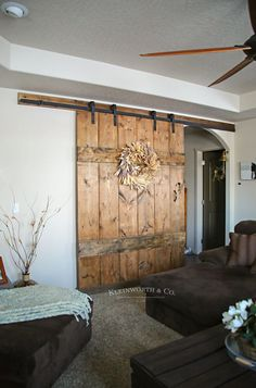 Wide rustic barn doorThis wide rustic barn door is 6 feet wide and made for extra large doors. It is incredibly easy to manufacture and gives your home functionality and rustic charm.Shed door fittings Interior Sliding Barn Doors, Sliding Barn Door Hardware, Sliding Doors, Front Doors, Door Hinges, Rustic Interior Doors, Rustic Barn Doors, Front Entry, Entry Doors
