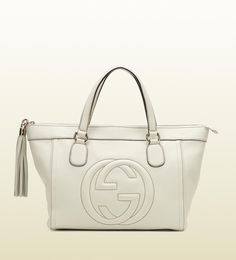 Gucci bags and Gucci handbags 282307 9022 Gucci soho tote 230 Gucci Outlet Online, Gucci Bags Outlet, Chanel Online, Chanel Handbags, Fashion Handbags, Purses And Handbags, Pink Gucci Purse, Gucci Soho Bag, Prada Purses