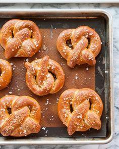 "Snacks caseros tipo ""pretzels"""
