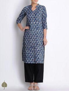 Buy Indigo Ivory Bagru Printed Pintuck Natural Dyed Cotton Kurta by Jaypore Apparel Tunics & Kurtas Online at Jaypore.com