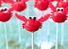 These creative Summer Cake Pops are perfect birthday or pool party desserts. From beach balls and sharks to lady bugs and crabs, enjoy these cute fun food ideas for cake pops! Party Desserts, Party Cakes, Cake Pops, Crab Party, Seafood Party, Cake Pop Tutorial, Ocean Cakes, Nautical Party, Nautical Cake