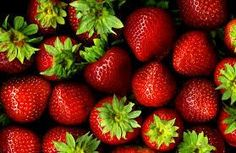 Strawberry Balsamic Vinegar Condimento (Aged-All Natural)
