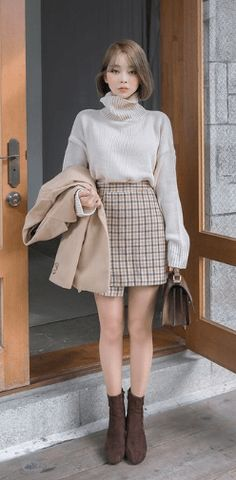20 Korean Spring Outfits for Street Style Korean Spring Outfits, Korean Casual Outfits, Korean Outfit Street Styles, Cute Casual Outfits, Korean Style Clothing, Korean Outfits School, Korean Ootd, Korean Dress, Edgy Outfits