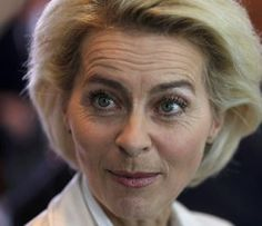 Acusada de plagiar su tesis la ministra de Defensa de Alemania / @el_pais | #readyforacademicintegrity