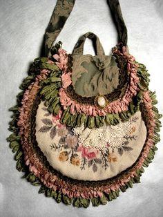 Victorian Needlepoint Cameo and Ribbon Loop Trim HandBag Unique Purses, Handmade Purses, Vintage Purses, Vintage Bags, Gypsy Bag, Lace Bag, Denim Tote Bags, Crochet Diy, Carpet Bag